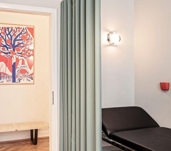Behandlungsecke SGN Berlin